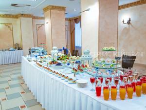 Фуршетный стол на свадьбу в Доме Дружбы Народов, банкетный зал ДОМ