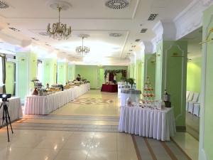 Свадебный фуршетный стол в Доме Дружбы Народов